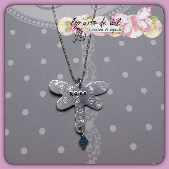 customizable aluminum dragonline pendant and its small Swarovski crystal