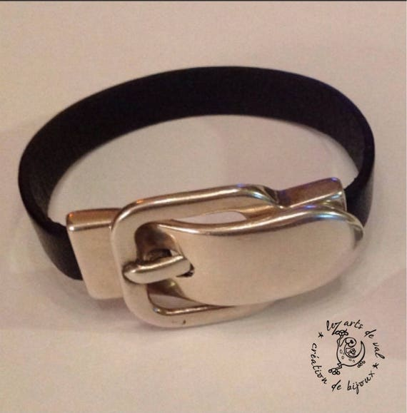 Magnetic buckle clasp leather bracelet