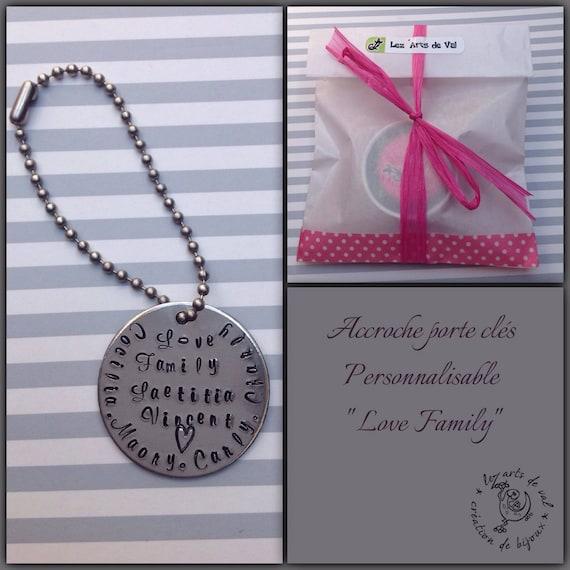 """Accroche porte clés personnalisable  """" love family """""""