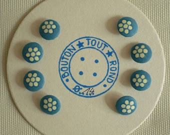 Eight covered buttons for 2 plate