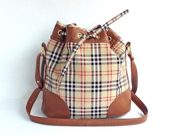 8b6484b72904 Bag fabric Burberry