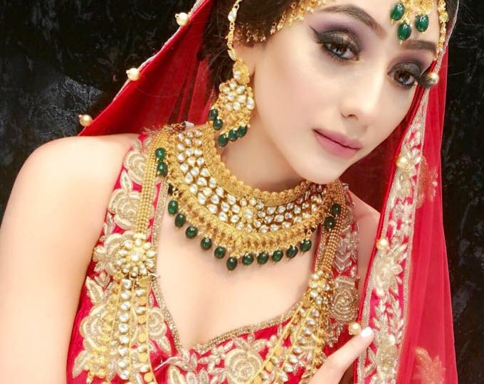 Featured listing image: Raveena 8 piece gold and green kundan Indian bridal jewellery set