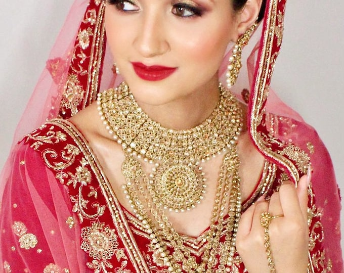 Featured listing image: Reema Antique gold pearl 7 piece indian bridal set Pakistani jewellery