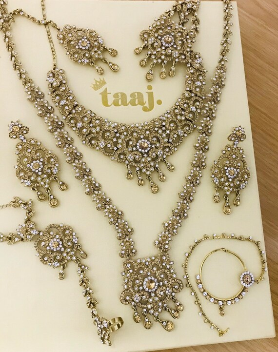 Aditri Gold diamanté Indian Bridal Pakistani 8 piece jewelry set