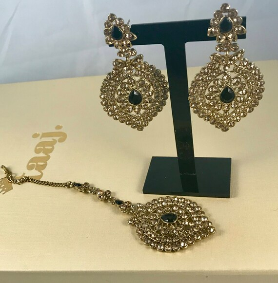 Nakra Antique gold & Black Earrings and tikka set