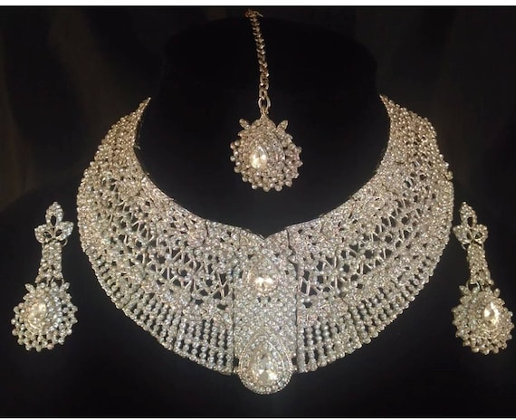 Silver diamanté choker style necklace earrings & tikka set