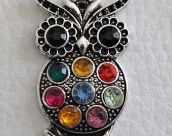 1 OWL pendant with multicolor rhinestones