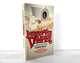 Interview With the Vampire by Anne Rice [FIRST PAPERBACK PRINTING / 1977]  Vintage Paperback