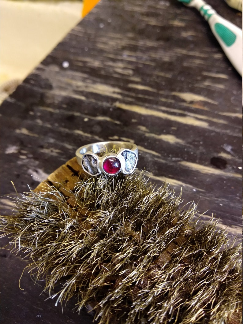 Ring in sterling silver and Garnet stone size 56 image 0