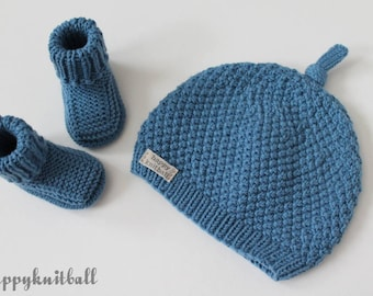 417e727b904 Hand Knit Merino Wool Baby Beanie Hat and Booties Set