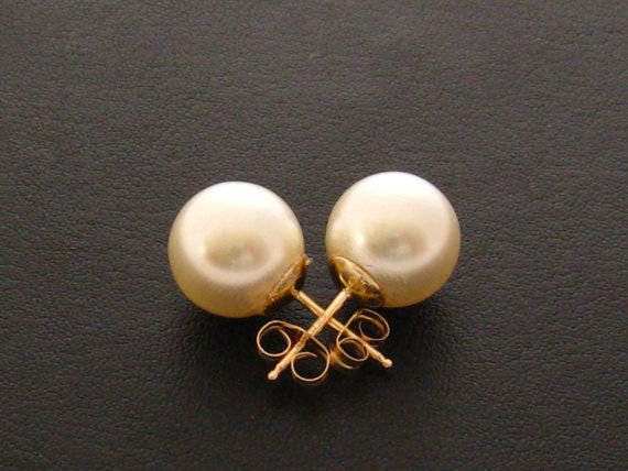 10MM Cream Pearl Stud Earrings | Claire's