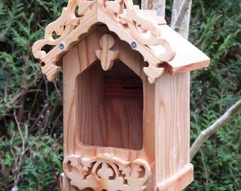 Large opening for Robin or Wren birdhouse