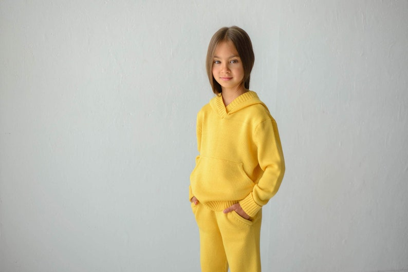 Yellow Kid/'s Hooded Sweater With Kangaroo PocketMerino Knitted HoodieCotton+Acrylic Kid/'s Sweatshirt