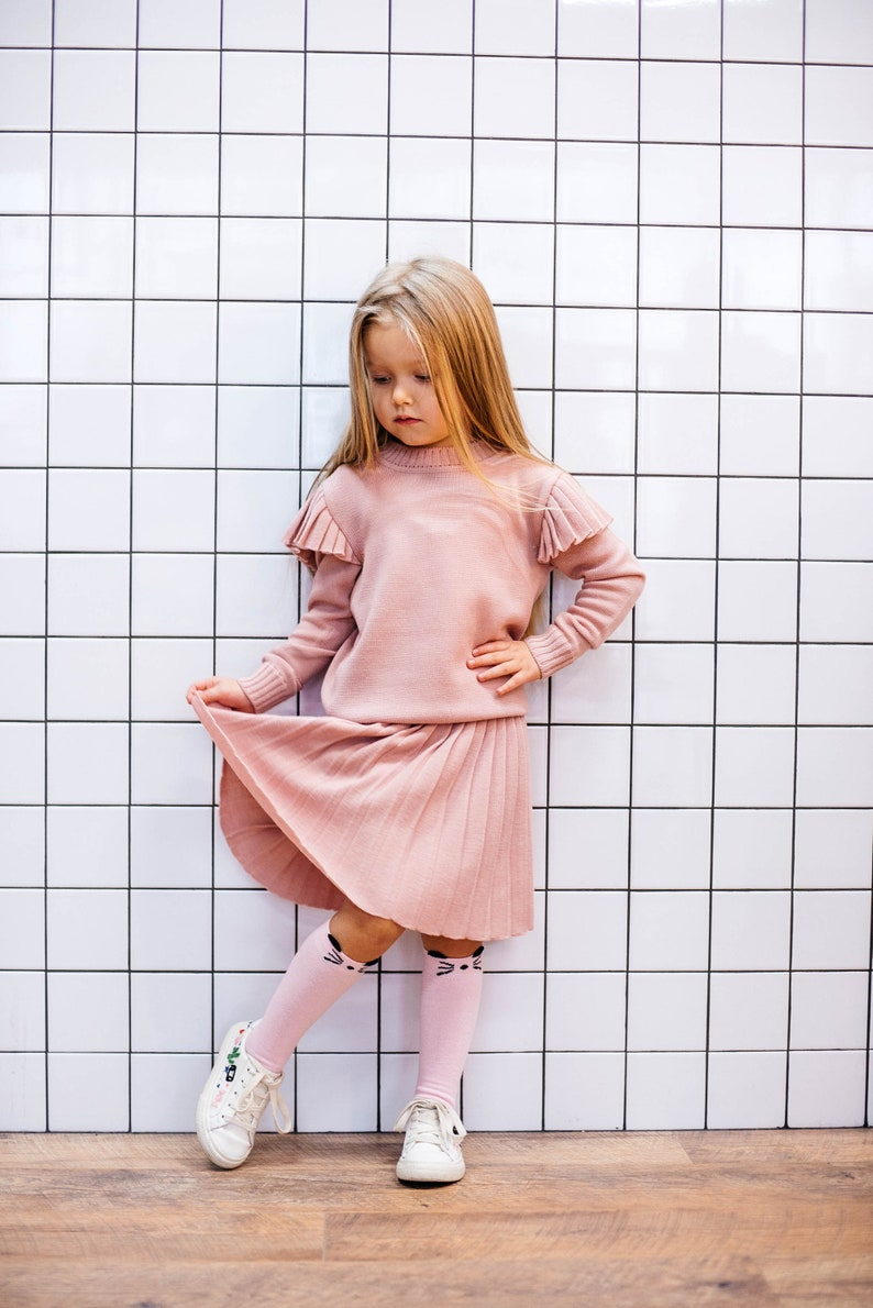1493496414 School uniform set Pleated skirt Knitted jumper Short length | Etsy