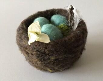 Needle Felted Bird's Nest - Walnut