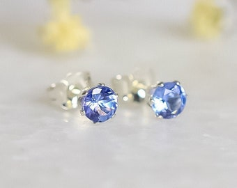 Tanzanite Stud Earrings in Sterling Silver - 4mm