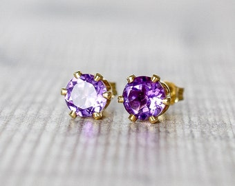 African Amethyst Gold Stud Earrings 6mm