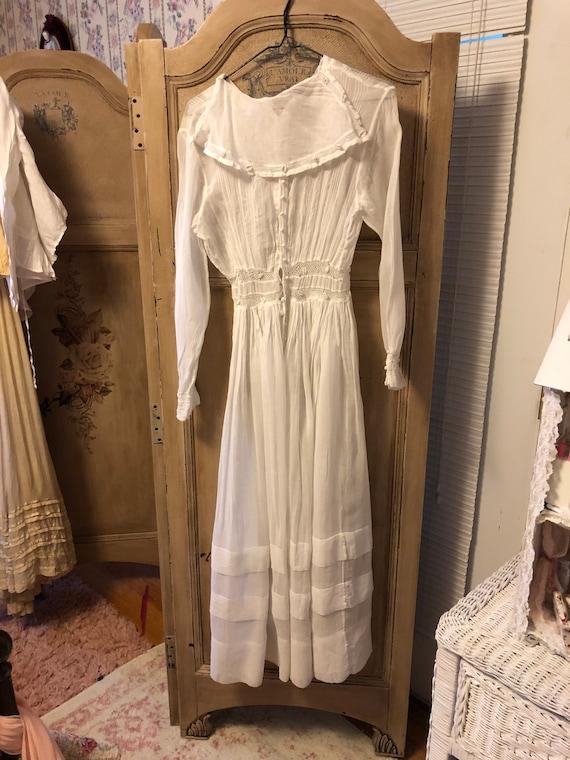 Vintage edwardian victorian lawn tea dress .