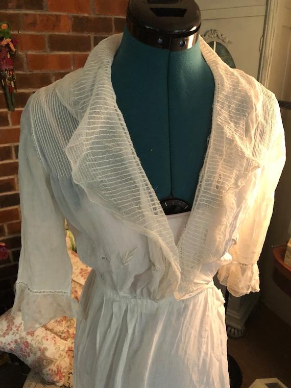 Lovely antique vintage lawn tea dress
