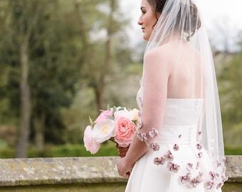 Dusky pink 3d floral veil, floral veil, embroidered veil, embelsihed veil, flower veil, flora veil
