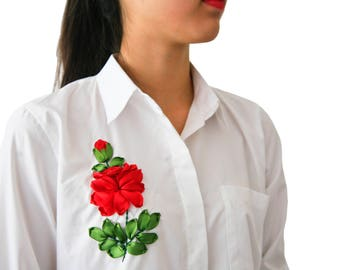 Shirt with red rose embroidered ribbons