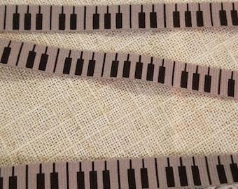 Fancy Ribbon in black taupe keyboard keys