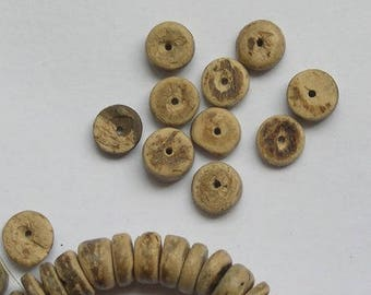 8 beads RONDELLE COCO, light brown