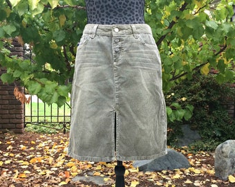 1db2fd9eb8 Bongo 1990s Sage Green Corduroy Skirt /Vintage Khaki Corduroy Skirt / Retro  Corduroy Button Fly Skirt / Drab Green Corduroy Skirt - Size 7