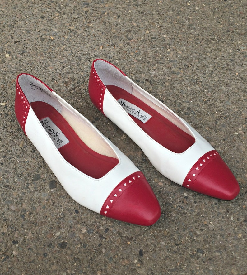 114f7250b707 Red and White Leather Flats   Vintage Faux Leather Boho Shoes