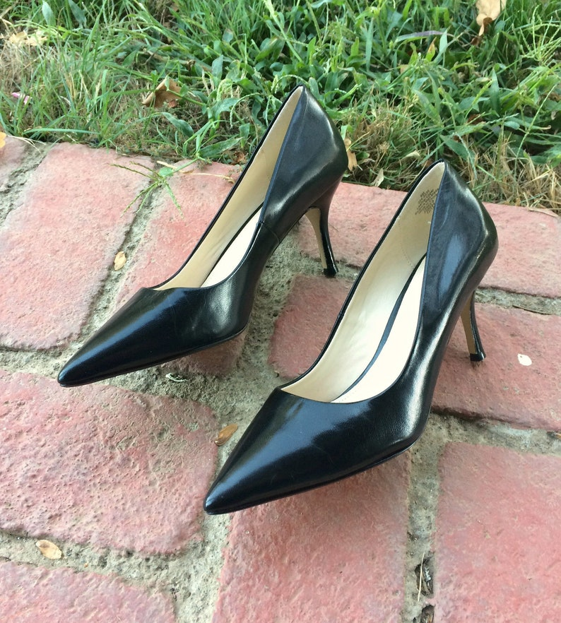 26876d0be163 ... Stiletto Heel Zip Bootie. 3 of 11 Liz Claiborne Womens Size 6M Classic  Black Pumps Shoes Kitten Heel Leather Soles. image 0
