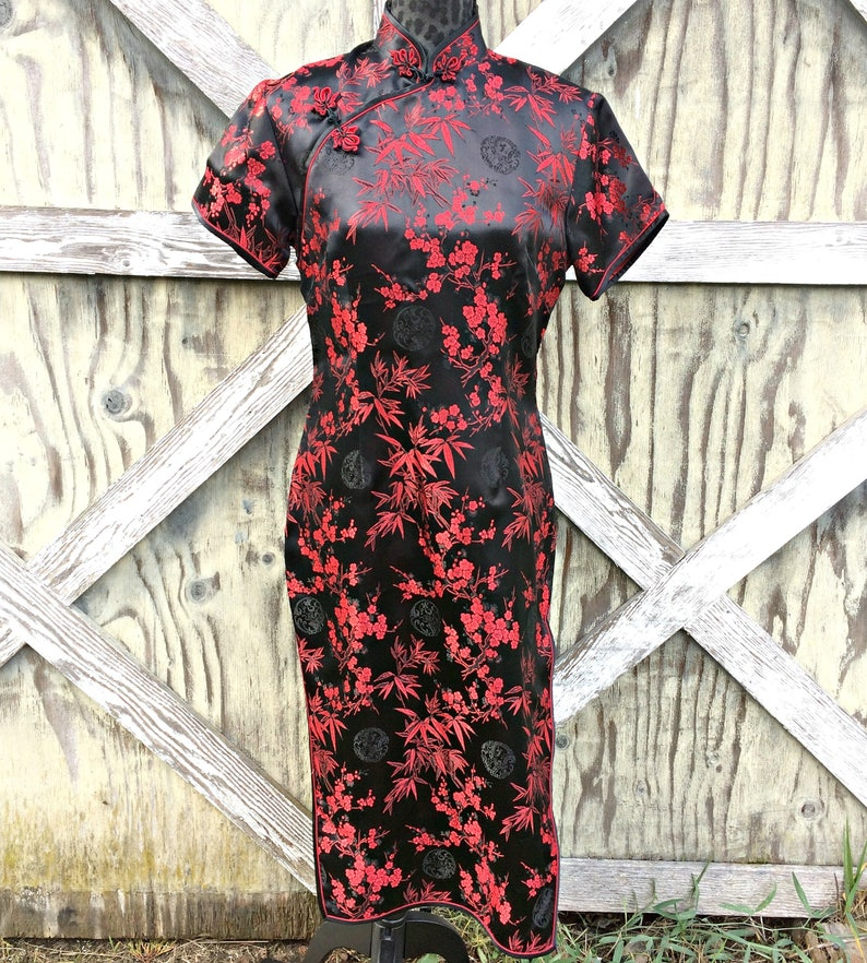 9b871327b331a Red and Black Japanese Satin Geisha Dress / Red and Black | Etsy
