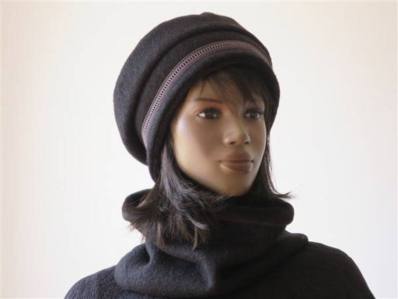 7dc53ff7f10 Hat beret woman woolen vintage winter boiled black and