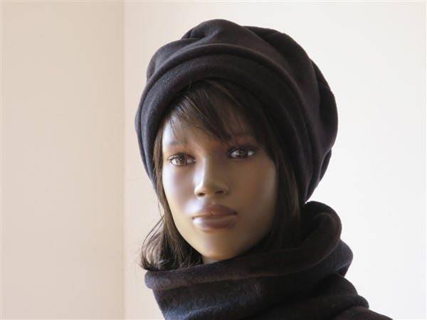 chapeau b ret femme hiver vintage en polaire noire taille etsy. Black Bedroom Furniture Sets. Home Design Ideas