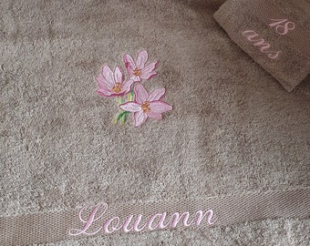 Birthday gift, bath towel and custom matching glove with pattern (heart, flower, butterfly), first name or small text