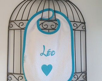 Scratch bib embroidered with baby/child's first name and customizable image (Disney, Mickey, Minnie, animals, sport ...)
