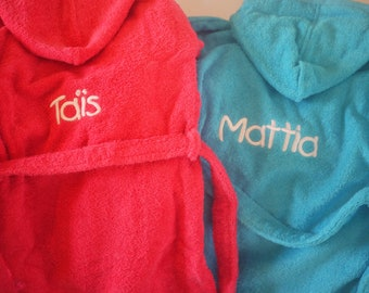 Bathrobe size 6-8 and 8-10 years in embroidered sponge fabric with first name and image of your choice (disney, animals, sports ...)
