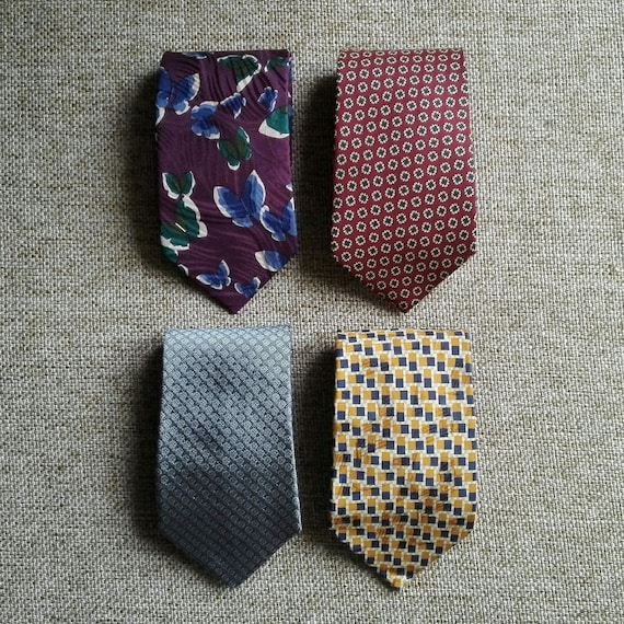 migliore selezione del 2019 preordinare Los Angeles Givenchy, Zegna, Tebro, Lotto/stock di 4 cravatte Vintage - Lot of 4 ties  by Givenchy, Zegna, Tebro