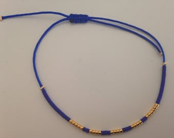 Bracelet in cobalt jade wire and Japanese glass beads gold plated