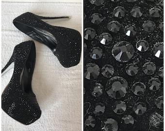 GORGEOUS// Black Beaded Platform Heels Sz 9 // Parties// Homecoming// Prom