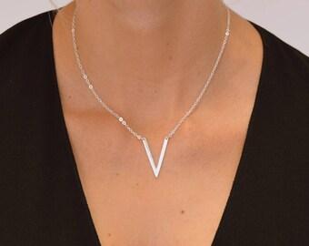 Silver chevron necklace, V shaped necklace, Delicate silver necklace, Minimalist necklace silver, Minimalist necklace silver