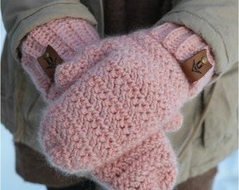CROCHET PATTERN Winter Bliss Mittens / PDF digital download / crochet pattern / winter mittens