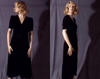 00919e92f3d0 Vintage 1930s Dress - Late 1930s Early 1940s - Black Silk Velvet - Swing  Dress - Holiday - Bombshell - Old Hollywood - Glamour -