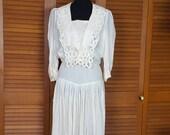 Vintage 1970s Handmade Cotton Lawn and Battenburg Lace Boho Wedding Dress - Size 8-10