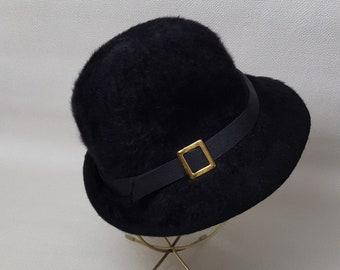 0fa975d907b2e Vintage 1980s Kangol Furry Blend Bucket Hat
