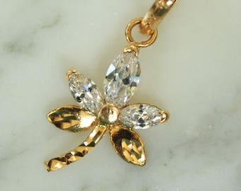 18K Gold Canadian Maple Leaf Inspiration with Simulated Diamonds Pendant