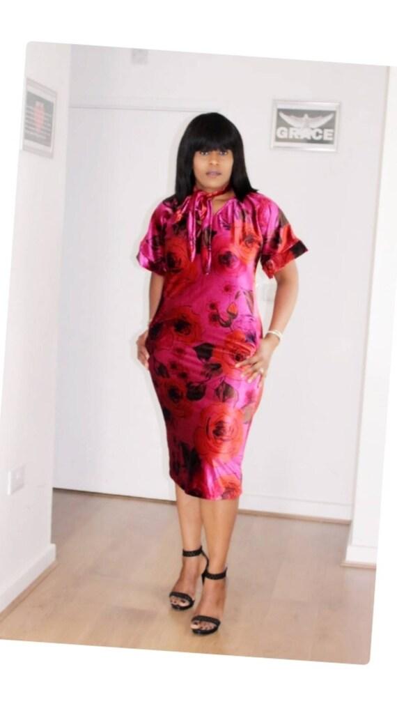 Berry Floral Burst Stretch Midi Length  Kimono Sleeves Detail Velvet Dress