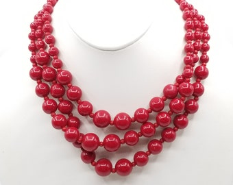 Red Faceted Graduated Beaded Necklace And Drop Earrings Set In Gold Tone 43cm
