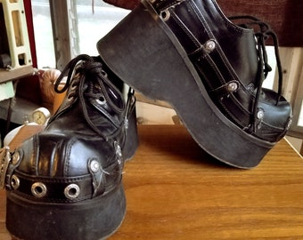 Demonia Platforms, Demonia Women's Platform Shoes, Size 8, Demonia Black Shoes, 90s Demonia Platforms, Vegan Suede Demonia, Steampunk Shoes