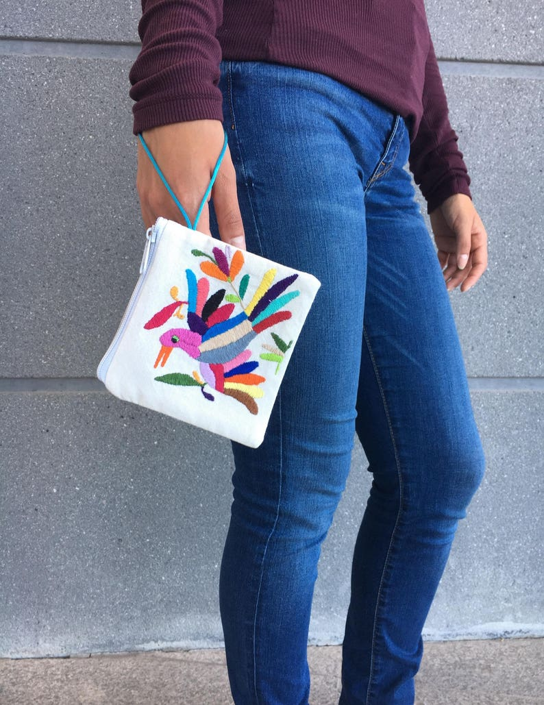 Hand embroidered purse with a Tenango design image 0