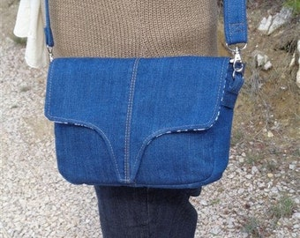 SAC BANDOULIERE in recycled denim